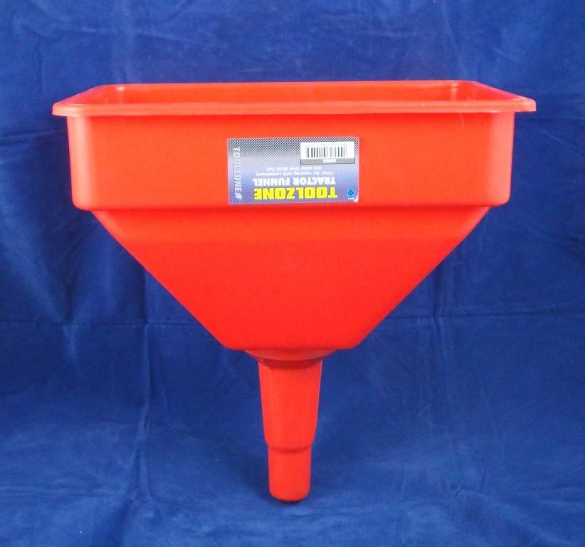 Toolzone Tractor Funnel