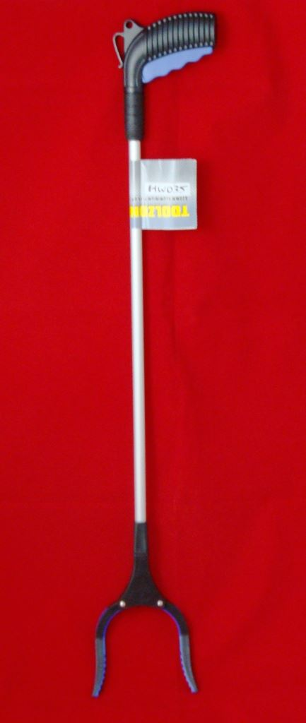 Toolzone 82Cm Aluminium Pick Up Tool