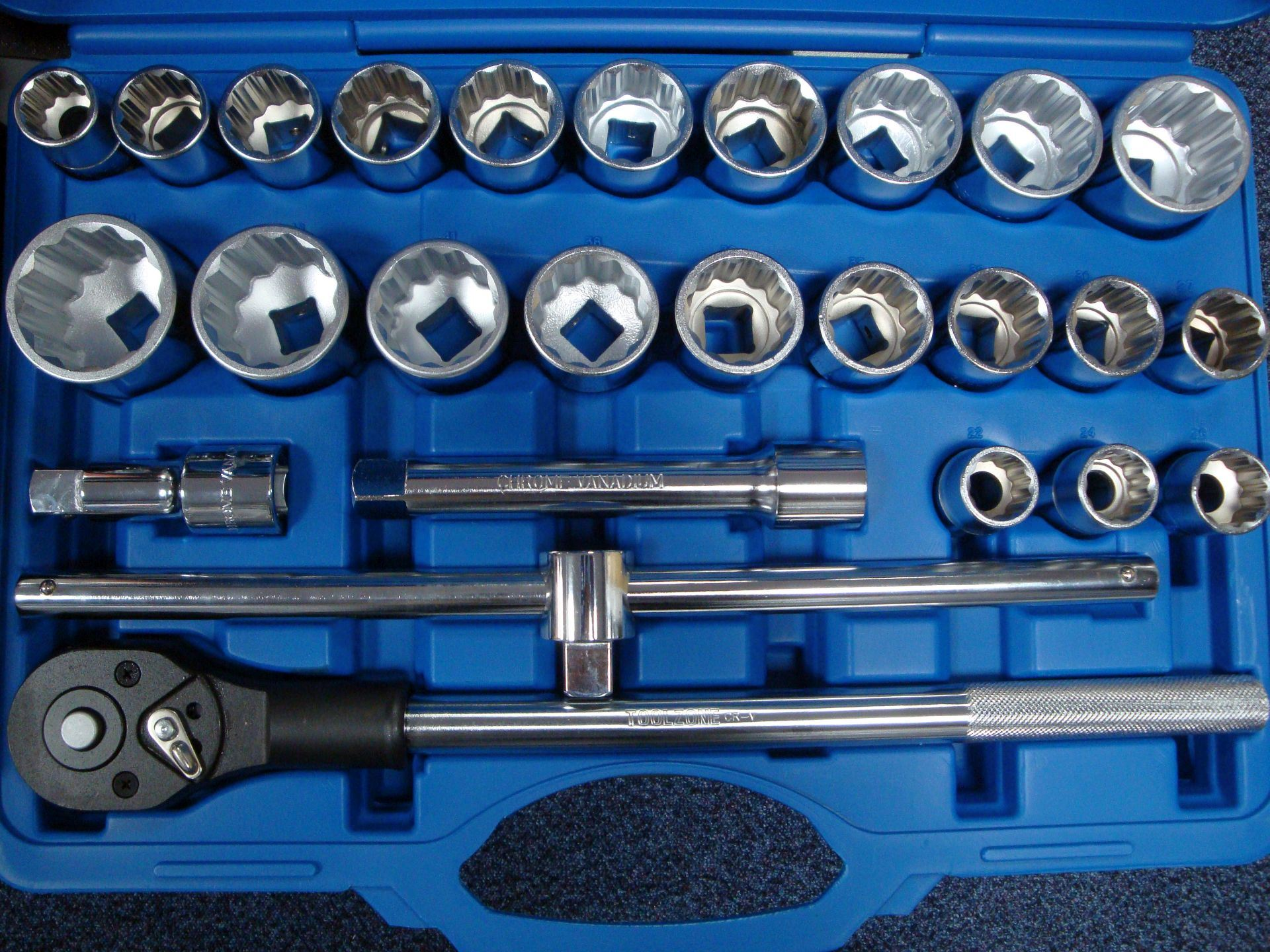 "Toolzone 26Pc 3/4"" Crv Mm/Af Socket Set"